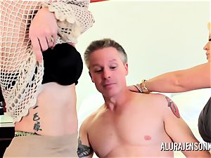 cougar detective Alura Jenson three-way hump