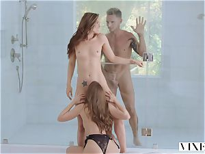 voluptuous 3some with Tori ebony and quirk