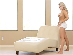 witness her unwrap and make herself jizm