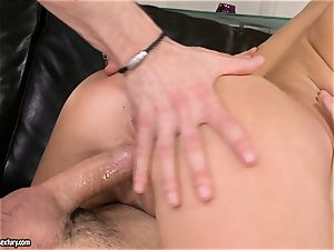Aletta Ocean spunk on face after a sugary-sweet 3some