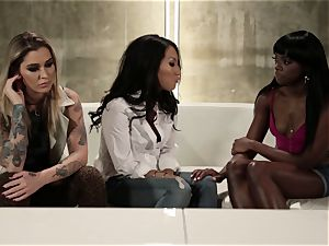 Takers pt five - Bonding time with Asa Akira, Ana Foxxx and Kleio Valentien