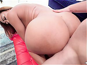 tearing up dark-hued honey makes awesome things with her magical bootie