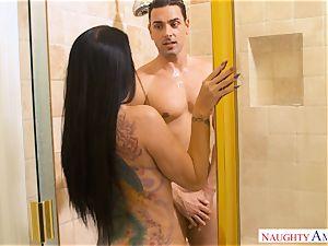 big-chested Romi Rain drives man-meat into her wondrous vulva