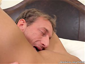 pouch deep pulverizing into Jessica Jaymes