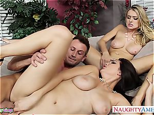 bi-curious Natalia Starr tear up in threesome