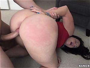 fat bum Virgo Peridot plumbed in her bright pinkish labia lips