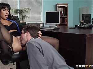 Mercedes Carrera smashes her daughters-in-law beau at work