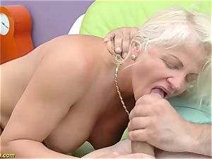 spectacular 73 years elderly mommy first giant pink cigar ass-fuck drill