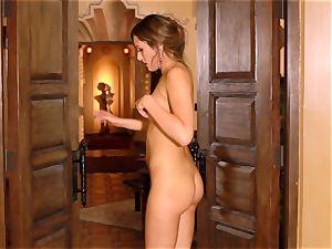 Anastasia dark-hued makes her pretty cooter jizm