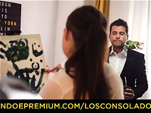 LOS CONSOLADORES - Spicy 3 joy with hot Tina Kay