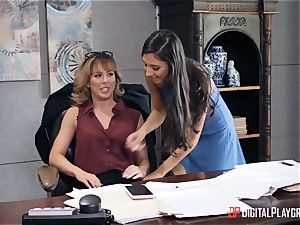 milf Cherie Deville gets her snatch eaten in her office by Gianna Dior