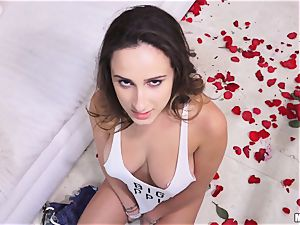 Ashley Adams penetrates a stranger after an debate with her dude