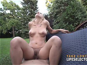 Nikky Thorne - uber-cute shag cockslut