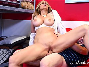 Julia Ann getting strewn with cum