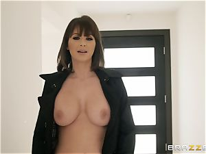 Emily Addison driven in the pussy with meaty manmeat