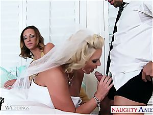 Jada Stevens And Phoenix Marie have a fervor for pleasing