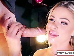 watch Jessa Rhodes taking a gigantic spear down her throat